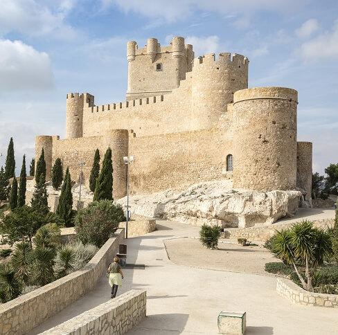Monumentos, Castillo de la Atalaya