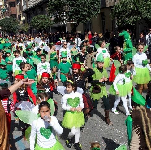El desfile infantil durante el Carnaval
