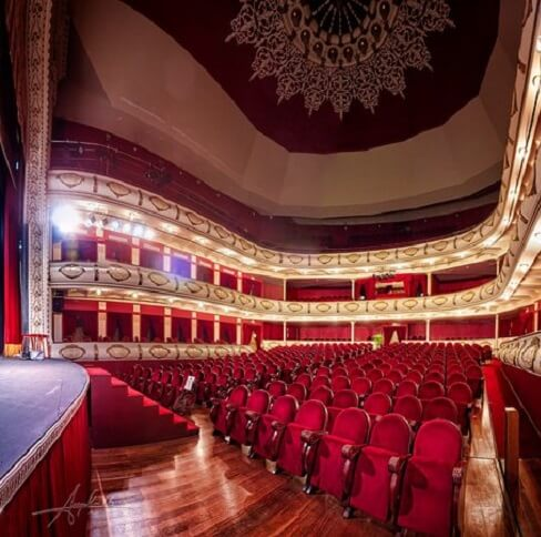 Espacios culturales : el Teatro Chapi